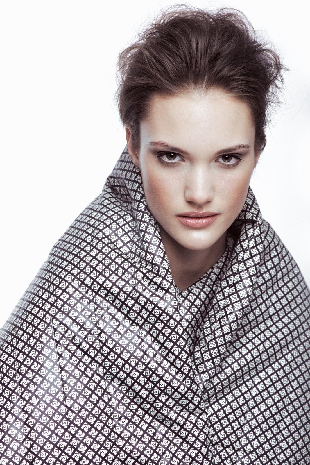 Model: Kinga Trojan / D'vision | Stylist: Ewa Michalik | MUA: Vika May | Hair: Patryk Nadolny